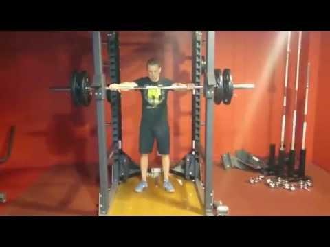 Budować ćwiczenia mięśni na zdjęciach