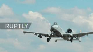 Estonia: US' A-10 Thunderbolt II jets carry out take-off and landing drills