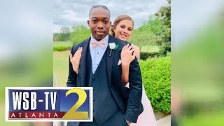 Georgia high school football player who took date to prom after cancer diagnosis passes away