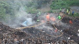 Api di Dasar Tanah Masih Menyala, Petugas Masih Berupaya Hilangkan Asap di Jagakarsa