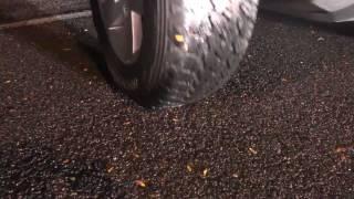 Xperia Active Dayanıklılık Testi Jeep ile Üzerinden Geçme!
