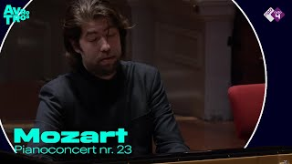 Mozart - Pianoconcert nr. 23 video