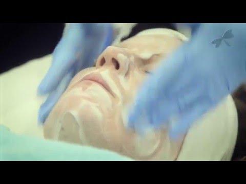 Mask ng activate ang carbon mula sa acne sa mukha