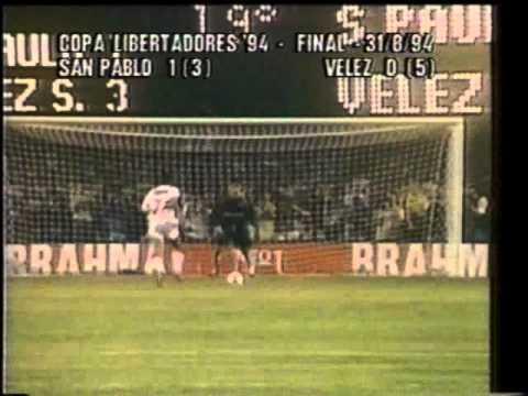 Lo penales contra Sao Paulo. Un recuerdo único para los hinchas de El Fortín.