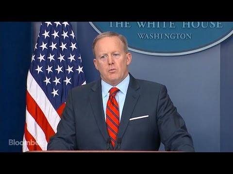 Sean Spicer Claims Hitler Didn't Use Chemical Weapons