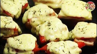 Смотреть онлайн Рецепт горячих бутербродов на сковороде