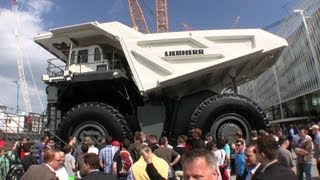 preview picture of video 'Giant Liebherr T264 Mining Truck @ Bauma 2013'