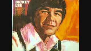 Dickey Lee -  She Thinks I Still Care