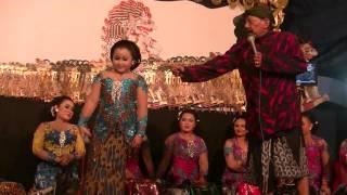 Dimas Niken Salindri - Limbukan lucu bersama dalang Ki Rudi Gareng