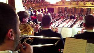 Vienna Philharmonic Fanfare  (performed by VPO brass section!)