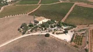 preview picture of video 'Hotel Castell de Gimenelles des de l'aire'