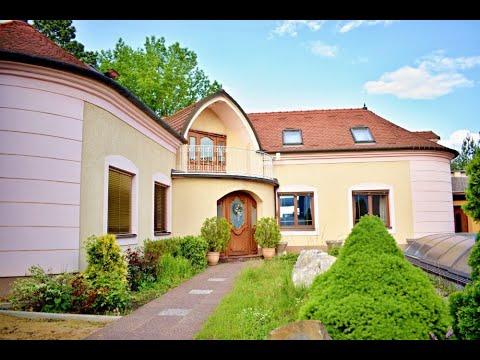 Prodej rodinného domu 270 m2 Velkomoravská, Hodonín