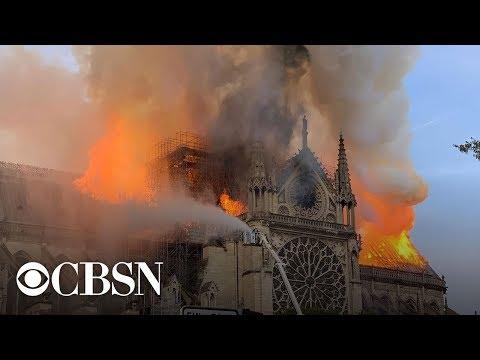 У Парижі горить Собор Паризької Богоматері (Пряме включення)