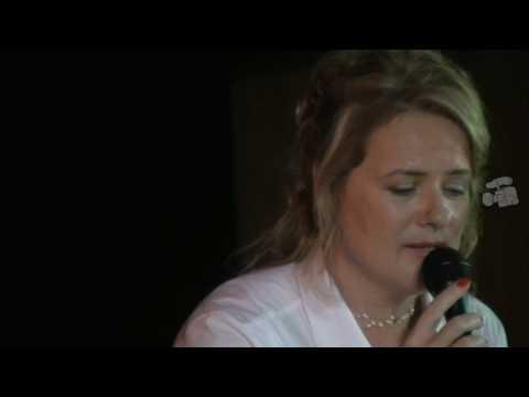 "Elizabeth Woolley - ""Infindável"""