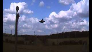 preview picture of video 'F-15 missed approach at RAF Lakenheath'