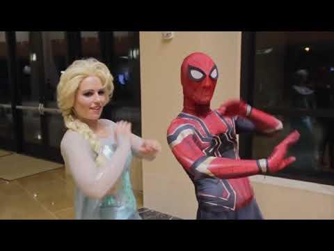 SPIDER MAN INVADES COMIC CON Vs Pretty Ladies Ft  Holiday Matsuri 2017 1
