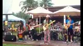 preview picture of video 'Exclusive Show ( Langkawi Buskers Festival 2013 )'