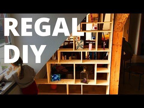 DIY Bücherregal für Dachschräge selber bauen
