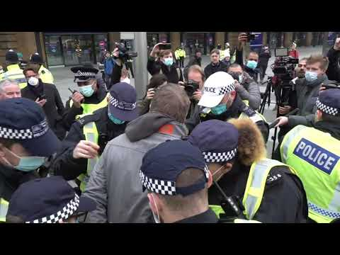 60 Arrests made as anti-lockdown protesters march in London