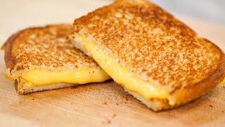 HOW TO MAKE A PERFECT GRILLED CHEESE SANDWICH...KINDA | Jennifer Fix