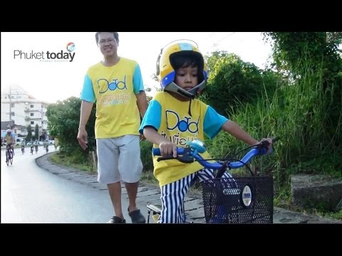 Phuket wheels out for Bike for Dad