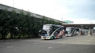 รถทัวร์ รถบัส ที่ทางด่วน