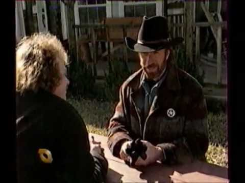 Chuck Norris - Russian TV Interview   Чак Норрис - Интервью   1998