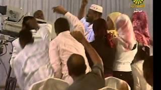 تحميل و مشاهدة صدفة غريبة غناء صلاح بن البادية MP3