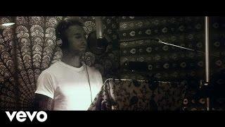 Go Now - Adam Levine  (Video)