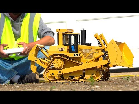YouTube GOLD - Eps. 8 58lb BULL DOZER D10T RiPS ME A NEW ONE! RC4WD 1/14 Scale DXR2 | RC ADVENTURES