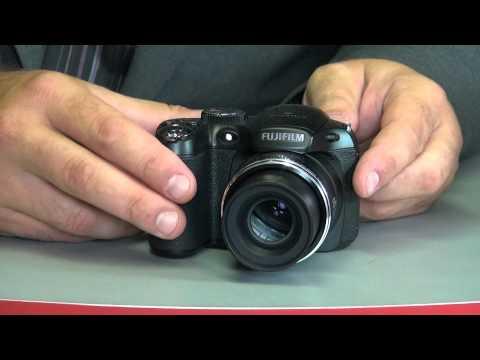 Fuji FinePix S2980 recenze