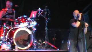 DAUGHTRY-EVERYTIME YOU TURN AROUND..LIVERPOOL ECHO ARENA 17 JAN 2010 (SUPPORTING NICKELBACK)