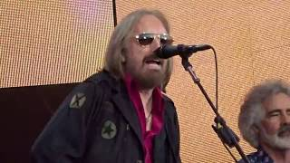 TOM PETTY & HEARTBREAKERS Opening Hyde Park 2017- ROCKIN´ AROUND (WITH YOU)