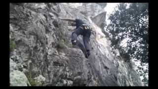 preview picture of video 'Escalant un 6a a Subirats'