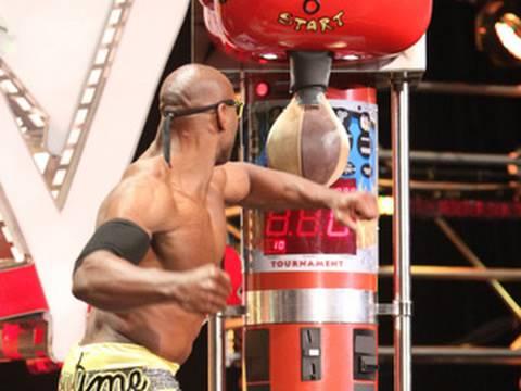 WWE NXT: Alex Riley wins the NXT Rookie Challenge