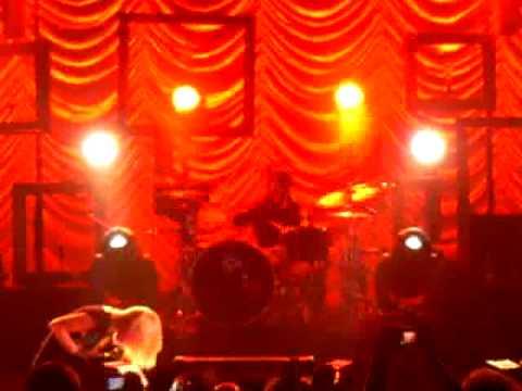 Paramore Outro/Germany Palladium Zac Farro Drum Solo