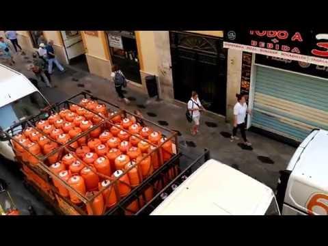 Calle Méndez Núñez, Málaga. Zona de Carga y Descarga