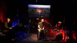 AK Headphone Concerts feat. Maarten Rischen – No Diggity