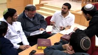 Adir Bamarom short version English
