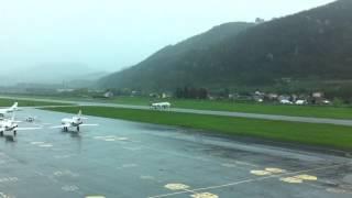 preview picture of video 'Lugano-Agno Tower: decollo volo di linea, pista 19'
