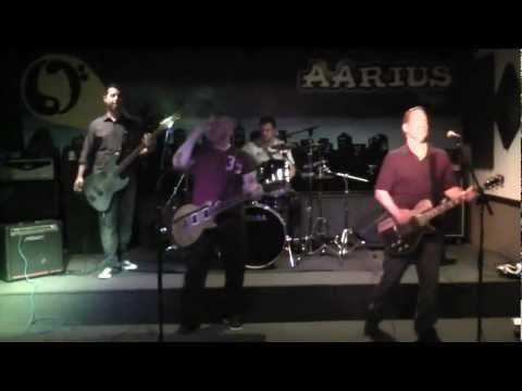 The Halo Effect (NJ Cover Band) covers 'Radar Love'