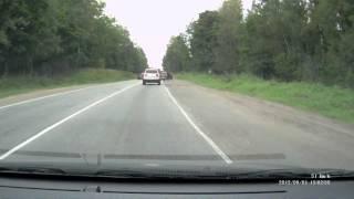 Смотреть онлайн ДТП с регистратора с участием грузовика