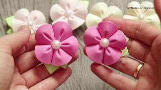 Маленькие заколки с милыми цветочками из фоамирана