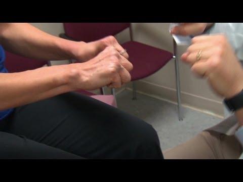 Hogyan lehet csökkenteni a térdfájdalmat