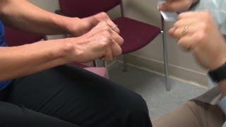 Learn how to manage Rheumatoid Arthritis pain.