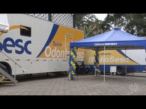Unidades móveis levam biblioteca e atendimento odontológico gratuito a Duas Barras