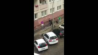Streetfight Fight In Berlin Schlägerei In Ost Berlin Ko Punk Schlagen Kampf War Asi