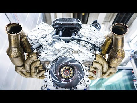 Aston Martin Valkyrie's 1000bhp V12 engine | Top Gear