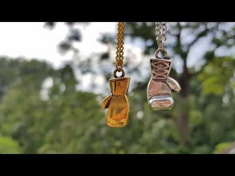 Boxhandschuh Halskette im antiken Style