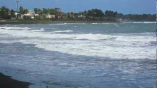 preview picture of video 'Guadeloupe - Capesterre-Belle-Eau - Plage du Bourg de Capesterre-Belle-Eau'